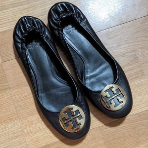 Tory Burch black leather flats / size 11